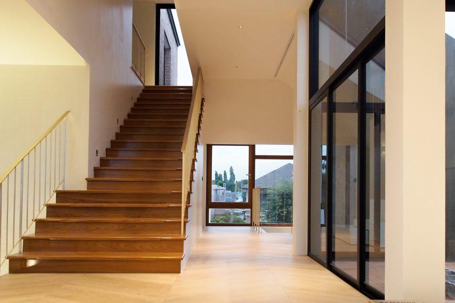 7 เทคนิคสร้างบ้านอย่างไรให้ประหยัดค่าไฟ