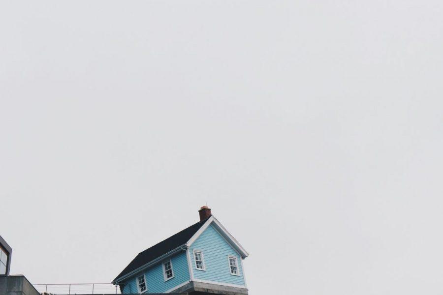 ออกแบบบ้านหลังใหม่กับการรีโนเวทบ้านหลังเก่า แบบไหนคุ้มกว่ากัน ?